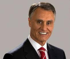 Ce président nommé Anibal Cavaco Silva dirige le pays ........