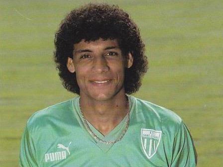 Dans quel club Mustapha El Haddaoui n'a-t-il jamais joué ?