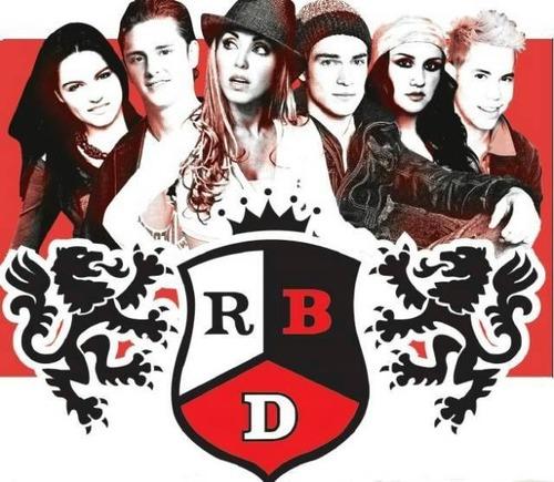 Complete a frase:RBD é a.......mais premiada do mundo