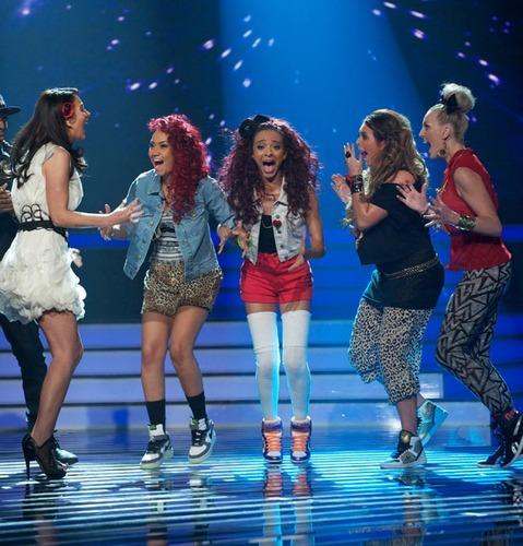 In welk jaar won Little mix de X Factor ?