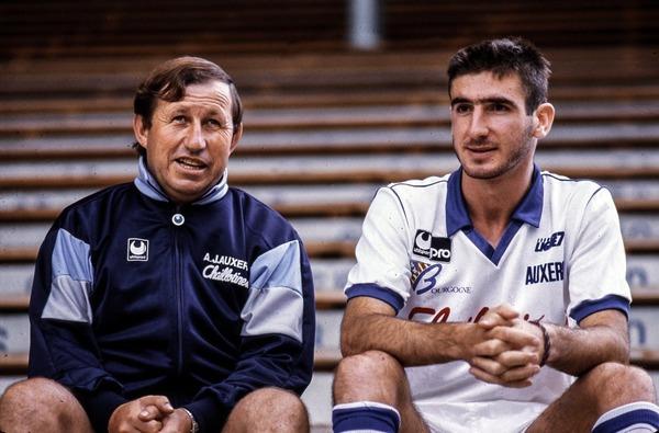 Eric Cantona a été formé à l'AJ Auxerre.