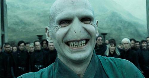Quel acteur se cache derrière Voldemort ?