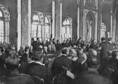 En quelle année est signé le traité de Versailles ?