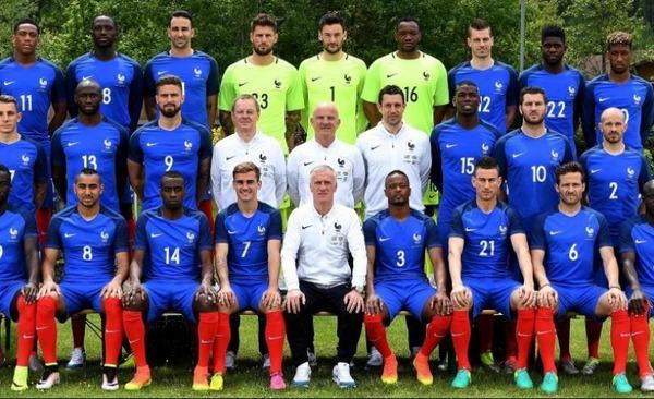 Quel joueur Français a marqué le plus de buts en équipe bleus ?