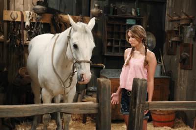 Pourquoi Miley a-t-elle appelé son cheval Blues Jean ?