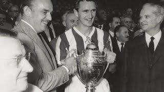 En 1960, l'ASM remporte sa première Coupe de France en battant en finale .....