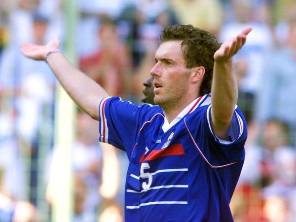 Quelle est la particularité du but de Laurent Blanc en 1998 ?