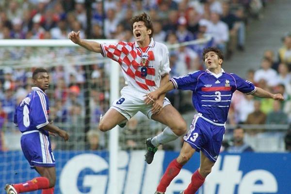 En seconde mi-temps, ce croate va jeter un froid en ouvrant le score, il s'agit de ...