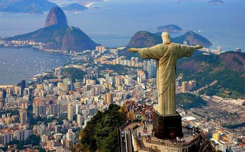 Dans quel pays vit Rio ?