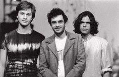 A banda Legião Urbana surgiu em que ano ?
