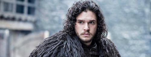 De qui Jon Snow est-il tombé amoureux ?
