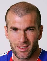Quelles sont les deux nationalités de Zinedine Zidane ?