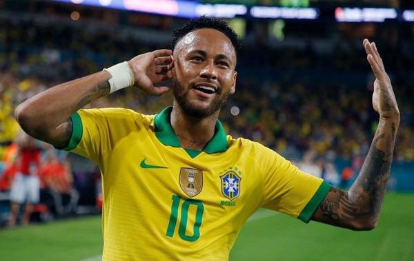 Quel a été le premier club pro de Neymar ?