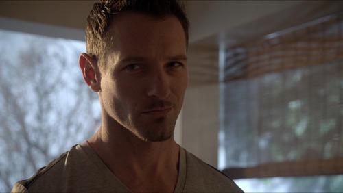 Peter Hale (Ian Bohen) in