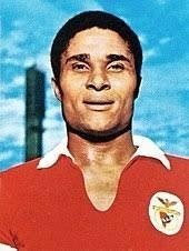 Eusebio a été élu meilleur buteur de la Coupe du monde 1966 avec combien de buts ?