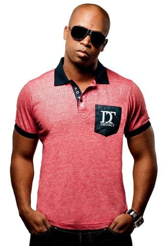 Quelle est la marque du tee-shirt que porte le rappeur Rohff ?