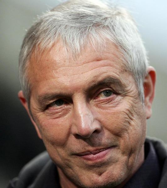 Il a longtemps entraîné le FC Metz, c'est :