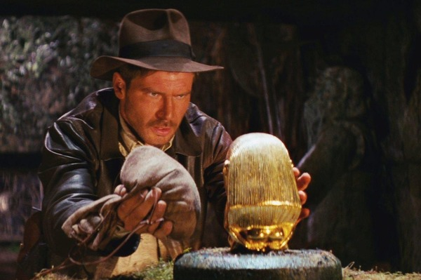 Quel est le premier film de la saga Indiana Jones ?